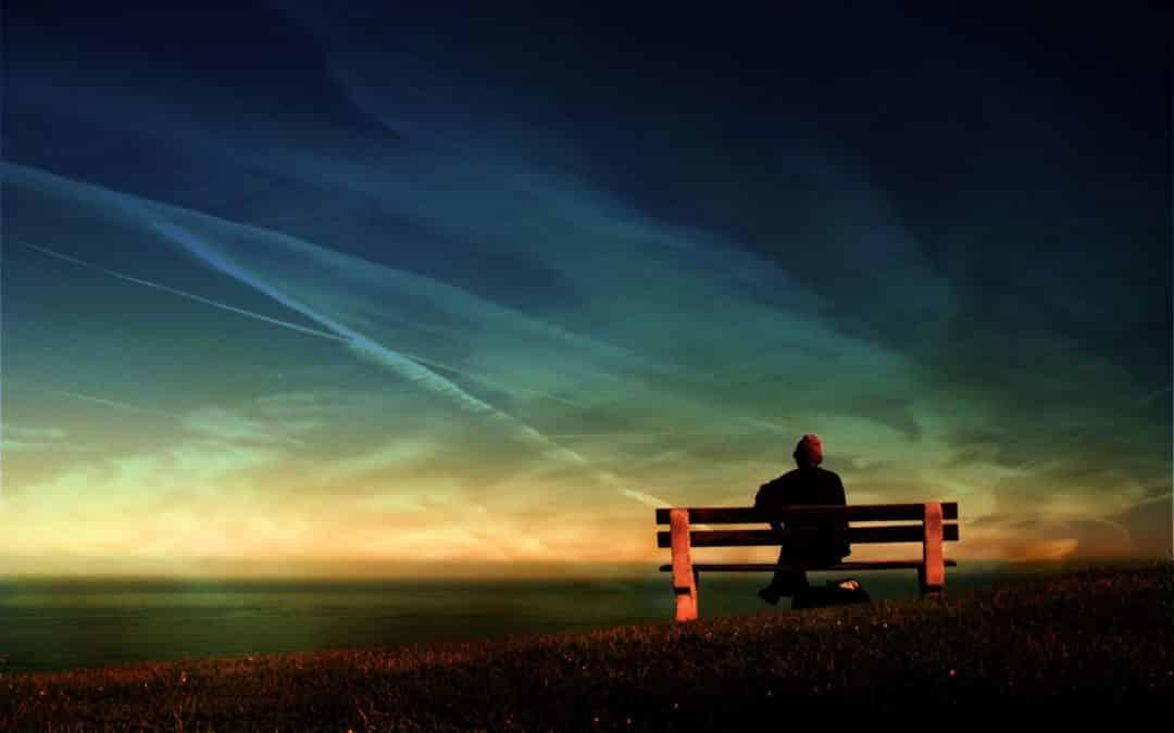 Expectativas - Hombre mirando al horizonte.