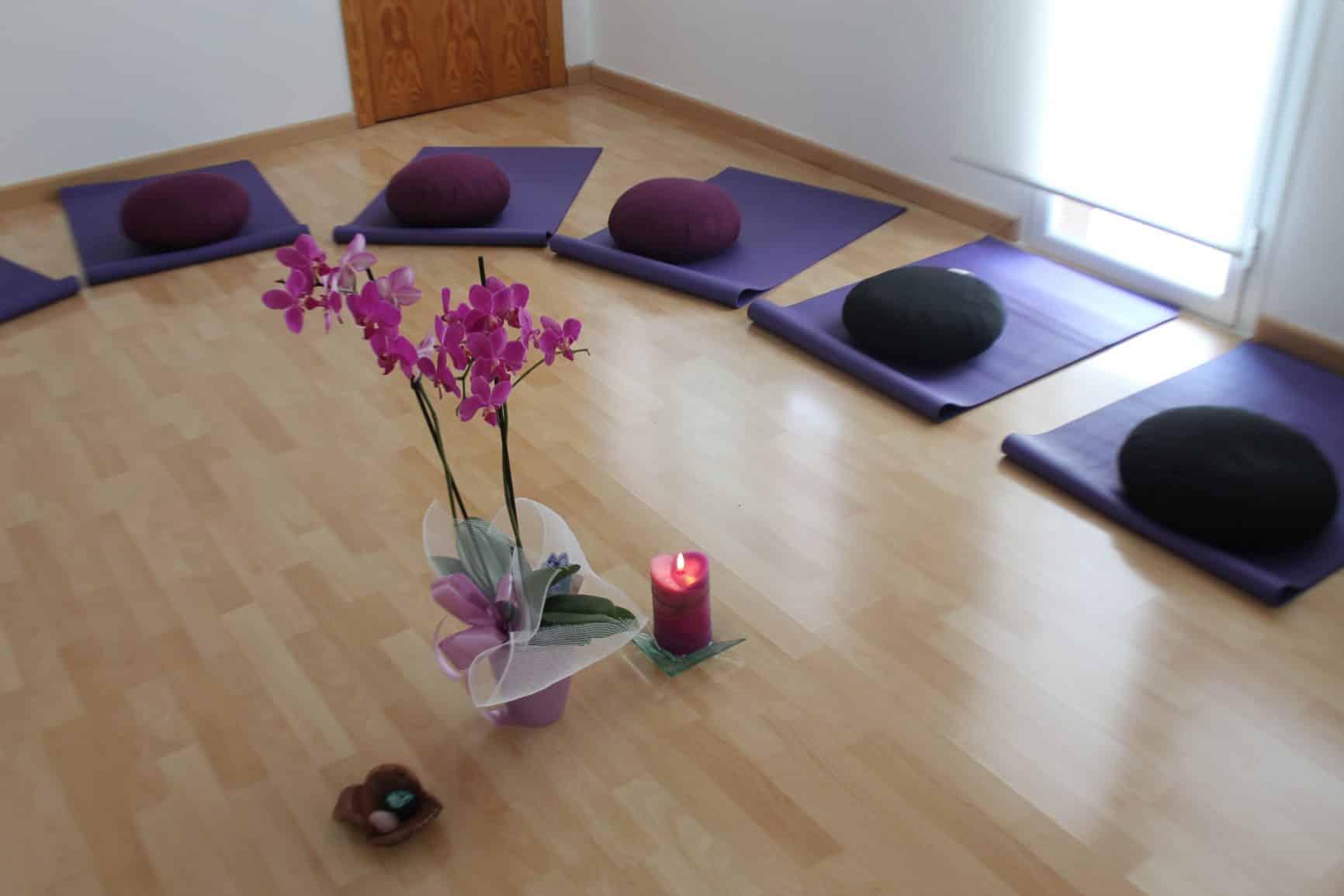 Meditación en grupo para adultos en Artesa de Segre