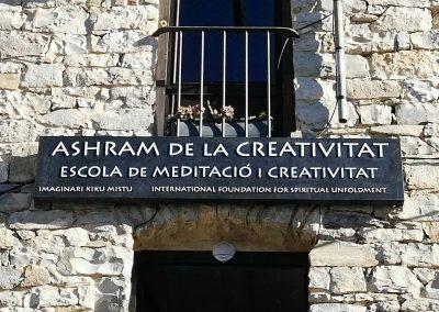 Ashram de la Creatividad Escika de meditació i creativitat