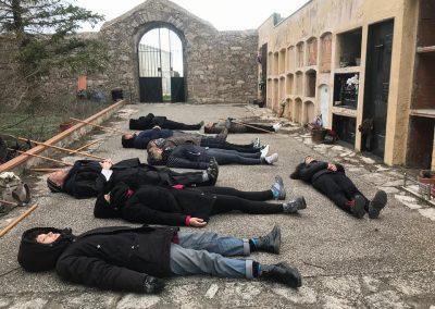 gente tumbada